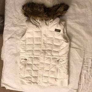 The north face goose down vest white, small